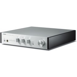 A-U670 Integrated Amplifier  Yamaha